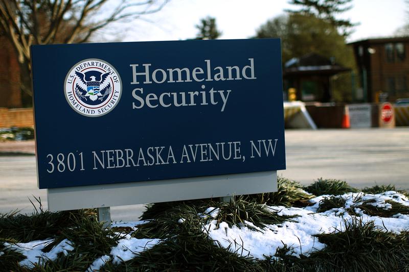 美國國土安全部(DHS)正在向第三方招標,計劃組建一個數據庫,用於監控記者及媒體的有關報道是否真實,特別是針對美國國土安全及特別事件(如選舉)的報道。(Win McNamee/Getty Images)