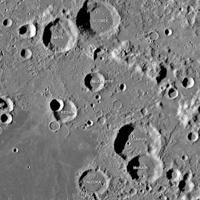 人工智能發現月球上數千隕石坑