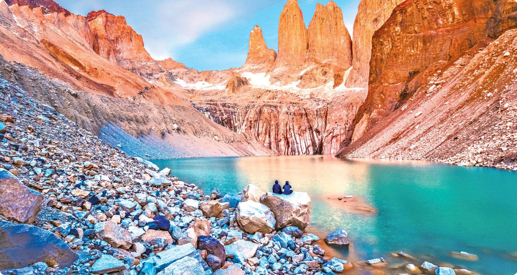 百內國家公園內的著名景點三塔山。(Fotolia)