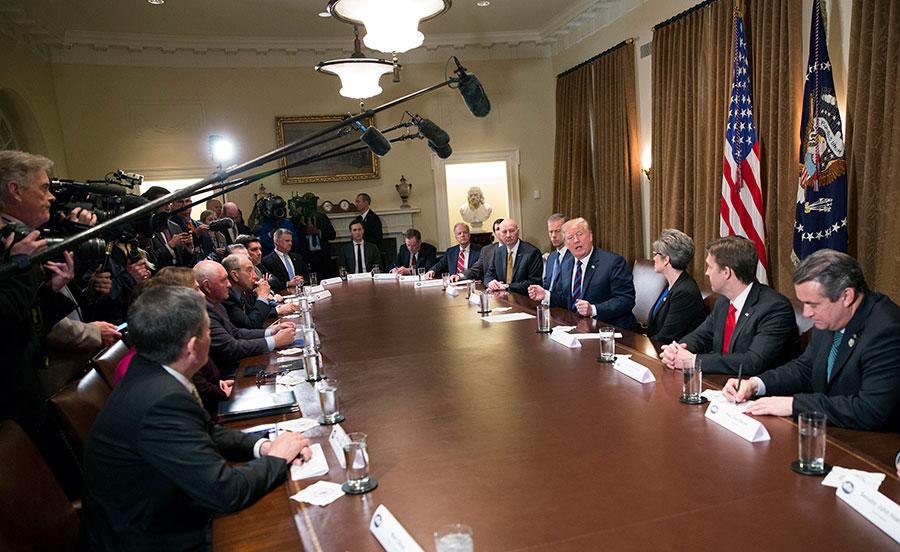 美國總統特朗普周四透露,如果北京願意進一步開放市場,或許能夠避免衝突。(Chris Kleponis – Pool/Getty Images)