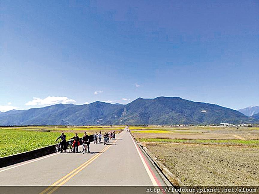 池上鄉田間阡陌縱橫,出產的「池上米」曾是進貢日本天皇的「貢米」。