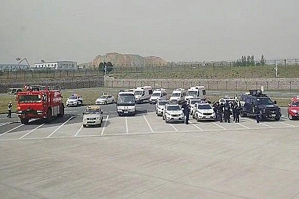 乘務員遭劫持 長沙至北京班機迫降鄭州