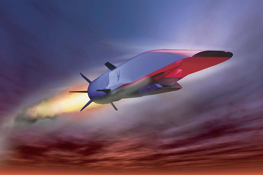 周二(6月26日),美國導彈防禦局負責人表示,高超音速武器部署到美國軍火庫中,只是一個時間問題。圖為美國波音公司研發的高超音速飛行器X-51乘波者模擬效果圖。(U.S. Air Force graphic)