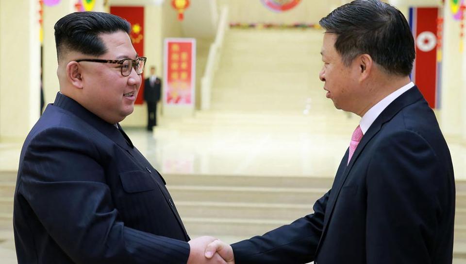 4月14日,北韓領導人金正恩在平壤面見了宋濤。(AFP)