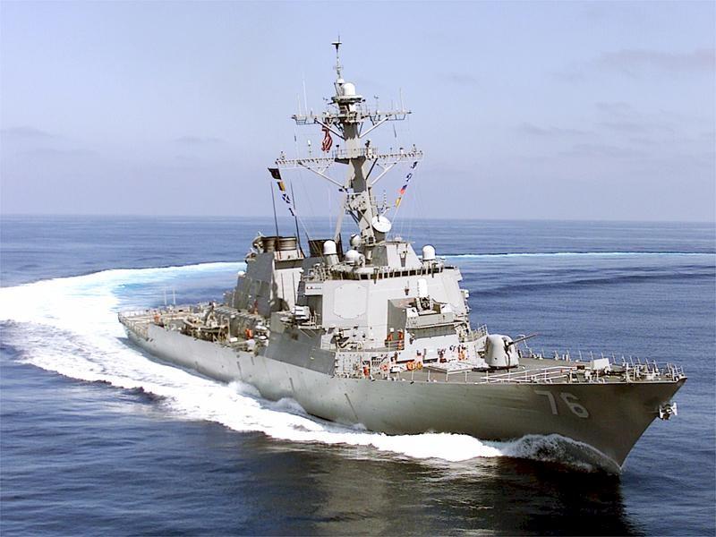 希金斯號驅逐艦(USS Higgins)在敘利亞當地時間4月14日凌晨,從戰艦甲板上向敘利亞目標發射23枚戰斧導彈.圖為希金斯號。(維基百科公有領域)