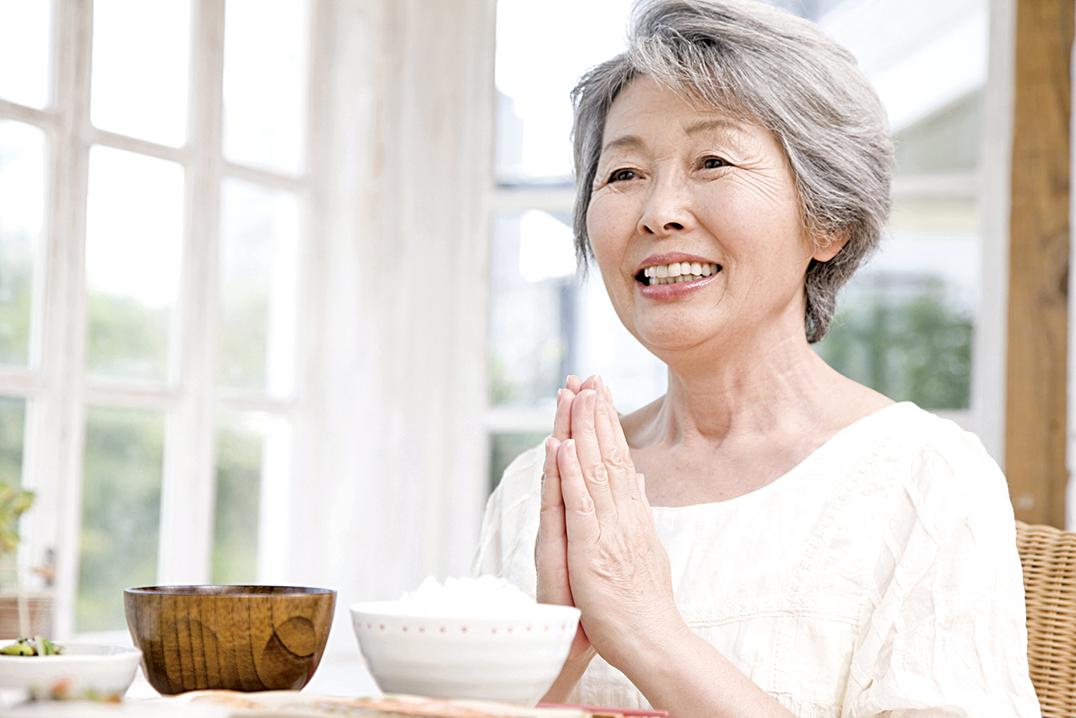 人類可說是為了延續性命而料理,為了養精蓄銳而飲食。