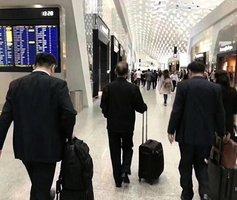 壞消息頻傳 中興三巨頭同現機場 民眾熱議