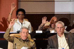 古巴政權交接 卡斯特羅兄弟世襲統治結束