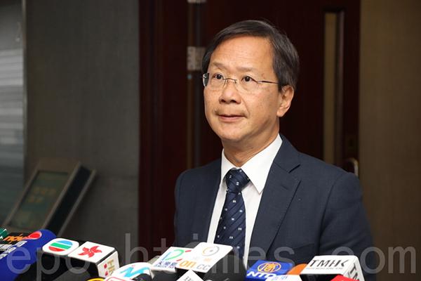 郭家麒認為,除了設立「冷靜期」,政府亦應從牌照管理等方面著手,長期規管相關行業。(蔡雯文/大紀元)