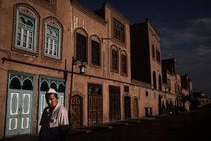 數萬人被關 美或用人權惡棍法制裁新疆官員