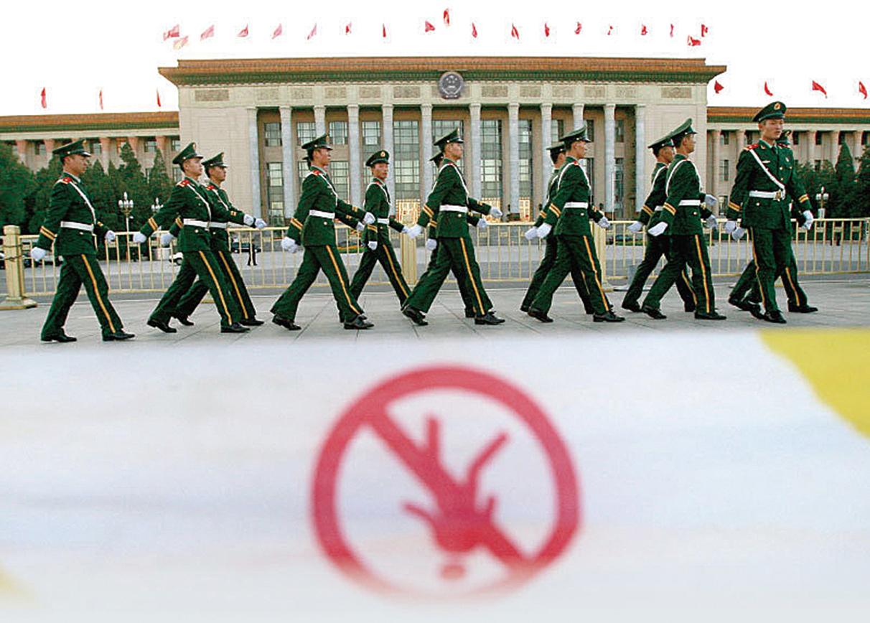 中共公安部及地方公安系統持續遭整肅,習陣營的真正清洗目標是政法系統的江派殘餘勢力。(AFP)