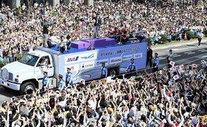 日本10萬人狂歡後地上找不到垃圾 中國人驚歎