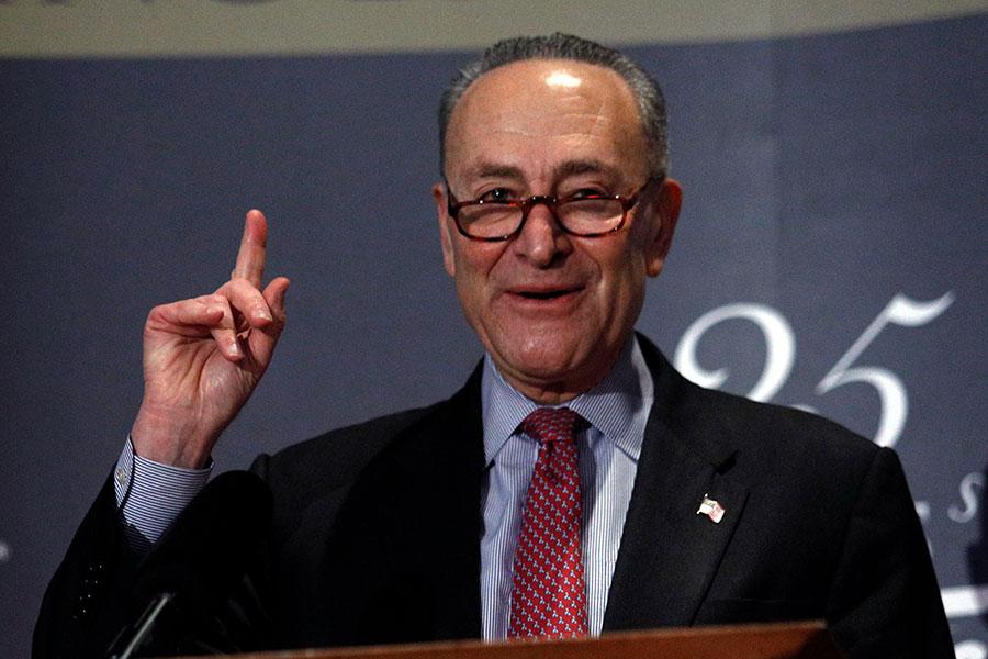 參議院少數黨領袖舒默說他支持特朗普總統在貿易問題上施壓中共。(Bill Pugliano/Getty Images)