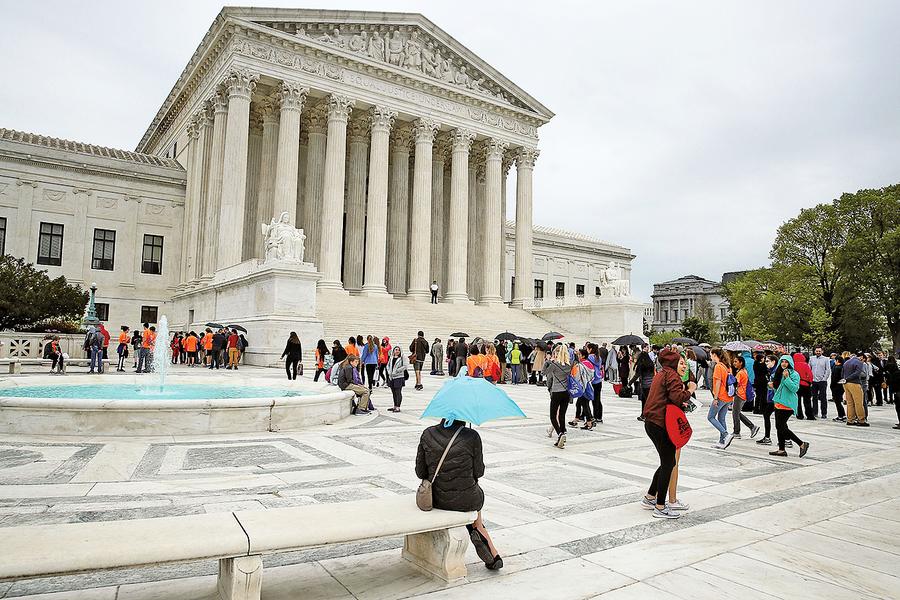 高院審理特朗普旅行禁令 法官傾向支持