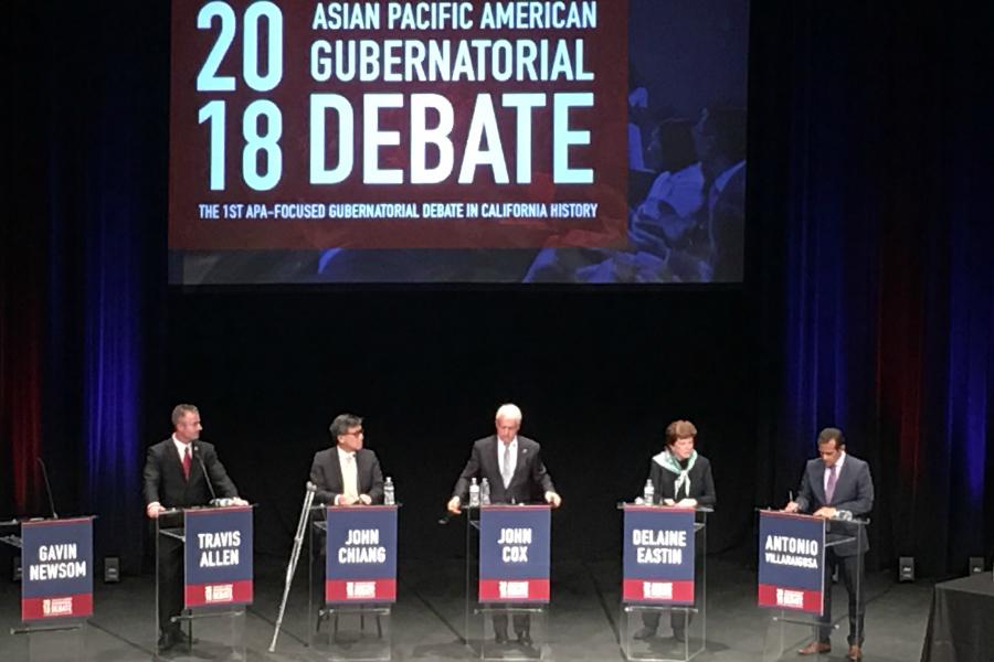 五位州長候選人,左起為加州議員特維斯・艾倫(Travis Allen,共和黨)、加州財務長江俊輝(John Chiang,民主黨)、商人約翰・考克斯(John Cox,共和黨)、前加州教育廳長德雷妮・伊斯汀(Delaine Eastin,民主黨)以及前洛杉磯市長安東尼・維拉萊戈薩(Antonio Villaraigosa,民主黨)。(姜琳達/大紀元)