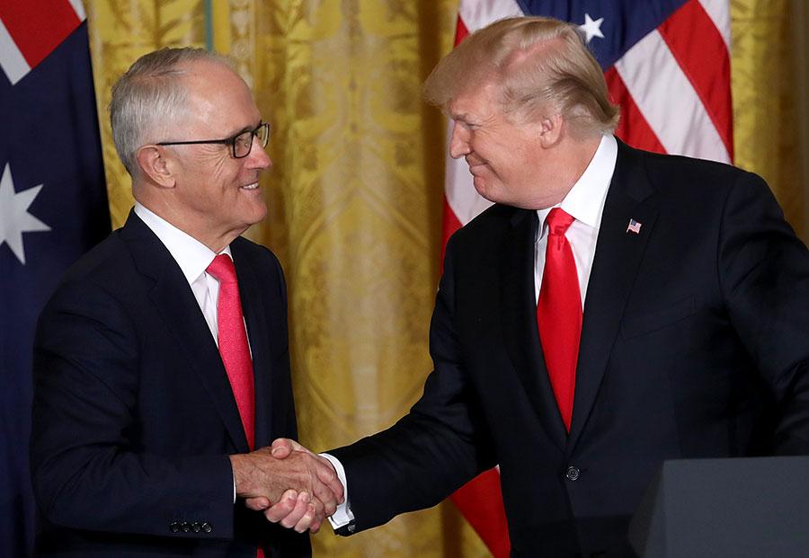 今年2月,澳洲總理特恩布爾(Malcolm Turnbull)訪美期間,美、澳首腦同意進行戰略合作,對抗中共對稀土的控制。(Win McNamee/Getty Images)