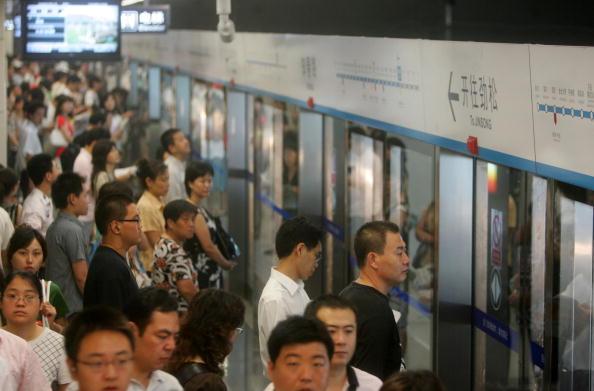 北京地鐵4號線列車運行引發的蝴蝶效應,使得北京大學約4億元的精密儀器受振動影響失效。(Getty Images)