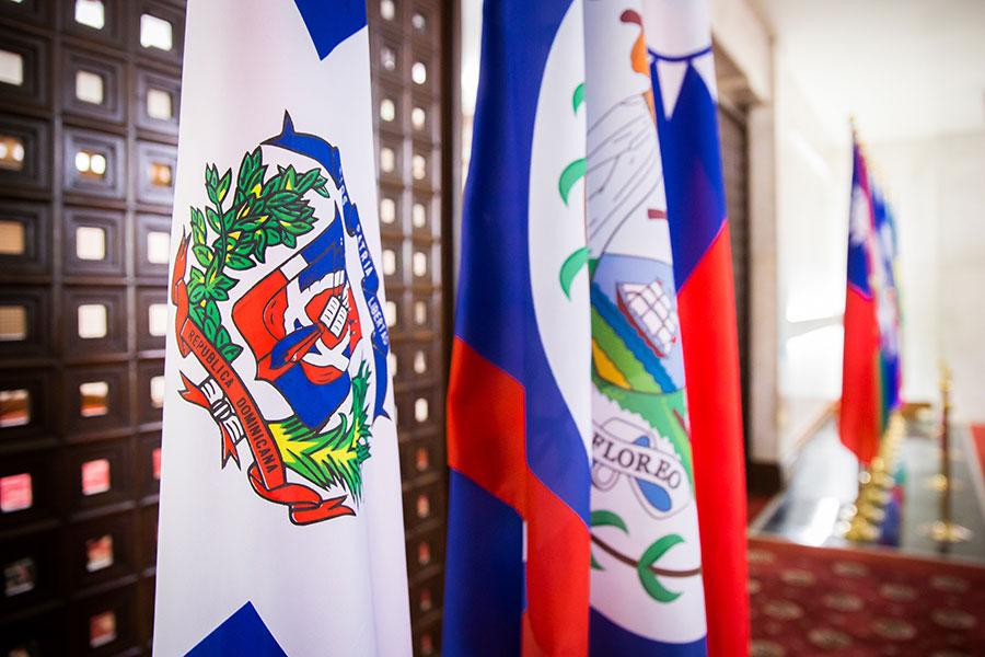 中共用重金收買多明尼加,令該國與台灣終止長達77年的外交關係。(陳柏州/大紀元)