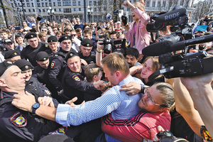 俄反普京大遊行1,600人被捕