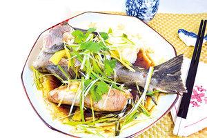 【梁廚美食】清蒸鱈魚尾