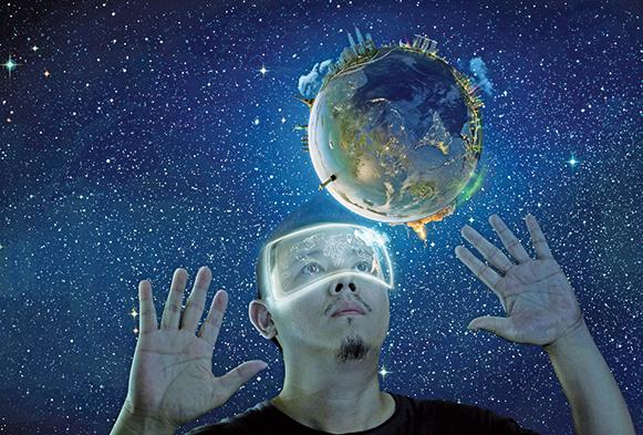 想像一下,呆在家裏,只要戴上VR顯示器,你就可以盡情暢遊太空、俯視地球,同時眼前還能看到有關影像的所有信息,這是不是一種超酷的體驗呢?(ShutterStock)