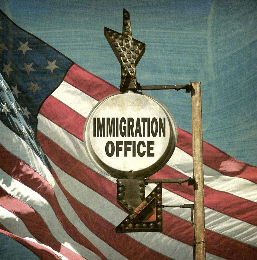 美國目前積壓的待審移民案件已超過100萬這個天文數字,而全美國目前只有334名移民法官。(Fotolia)