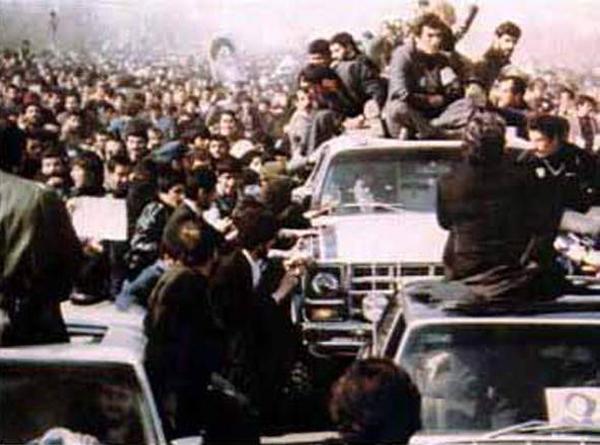 1979年,霍梅尼領導的「伊斯蘭革命」爆發,巴列維王朝被推翻。(維基百科公有領域)