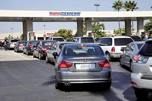 美國油價直奔三美元 專家:對經濟影響不大