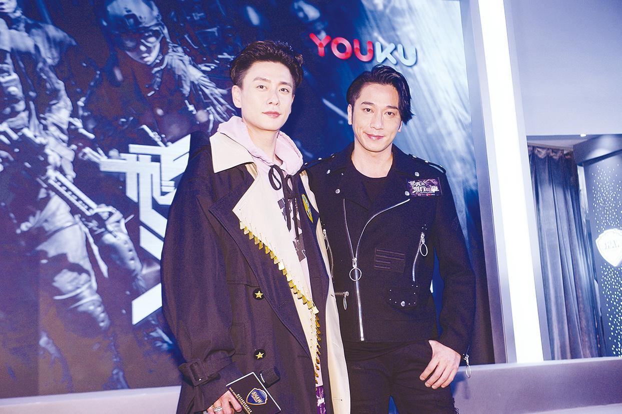 吳卓羲(右)透露8月會參演新電影。(資料圖片)