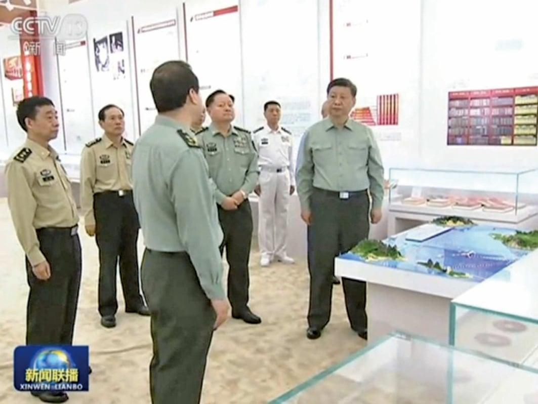 中國國家主席習近平5月16日視察中共軍事科學院。(影片截圖)