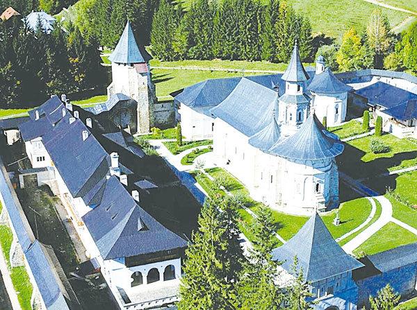 布科維納的Putna修道院。( 維基百科)