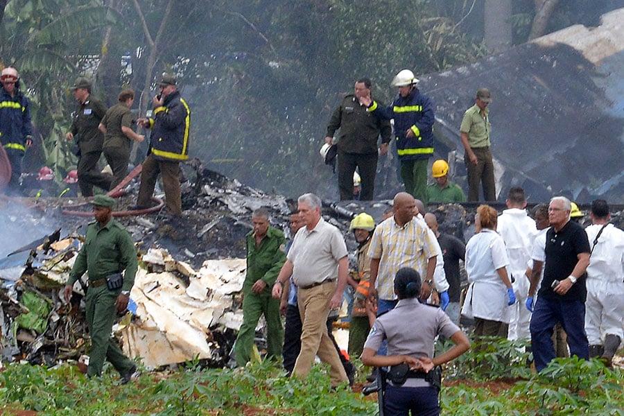 飛機失事現場。(AFP PHOTO/Adalberto ROQUE)