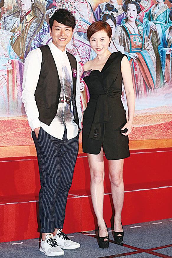蕭正楠(左)取笑劉心悠的廣東話好有特色。(網絡圖片)
