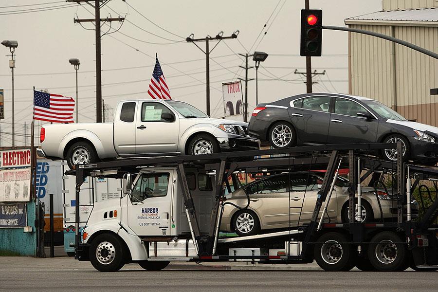 特朗普政府正在考慮以國家安全為由,對進口車加徵關稅。(David McNew/Getty Images)