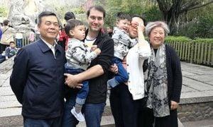 網傳蔡英挺外籍女婿照片 蔡可能不止被降級