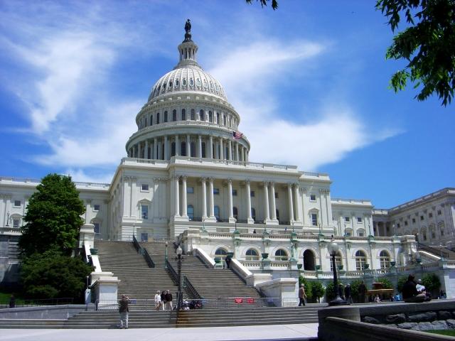 美國會參議院軍事委員會周四(5月24日)通過一項法案,要求美國科技企業必須披露源代碼是否被外國政府使用。(AFP)