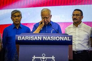 馬來西亞前總理藏金 警方16部點鈔機數3天