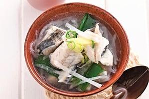 銀絲鯽魚湯 熱量低又護腸胃