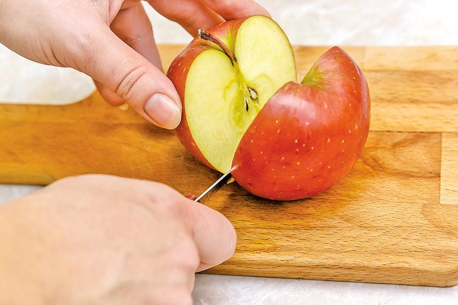校園欺凌課上的兩個蘋果