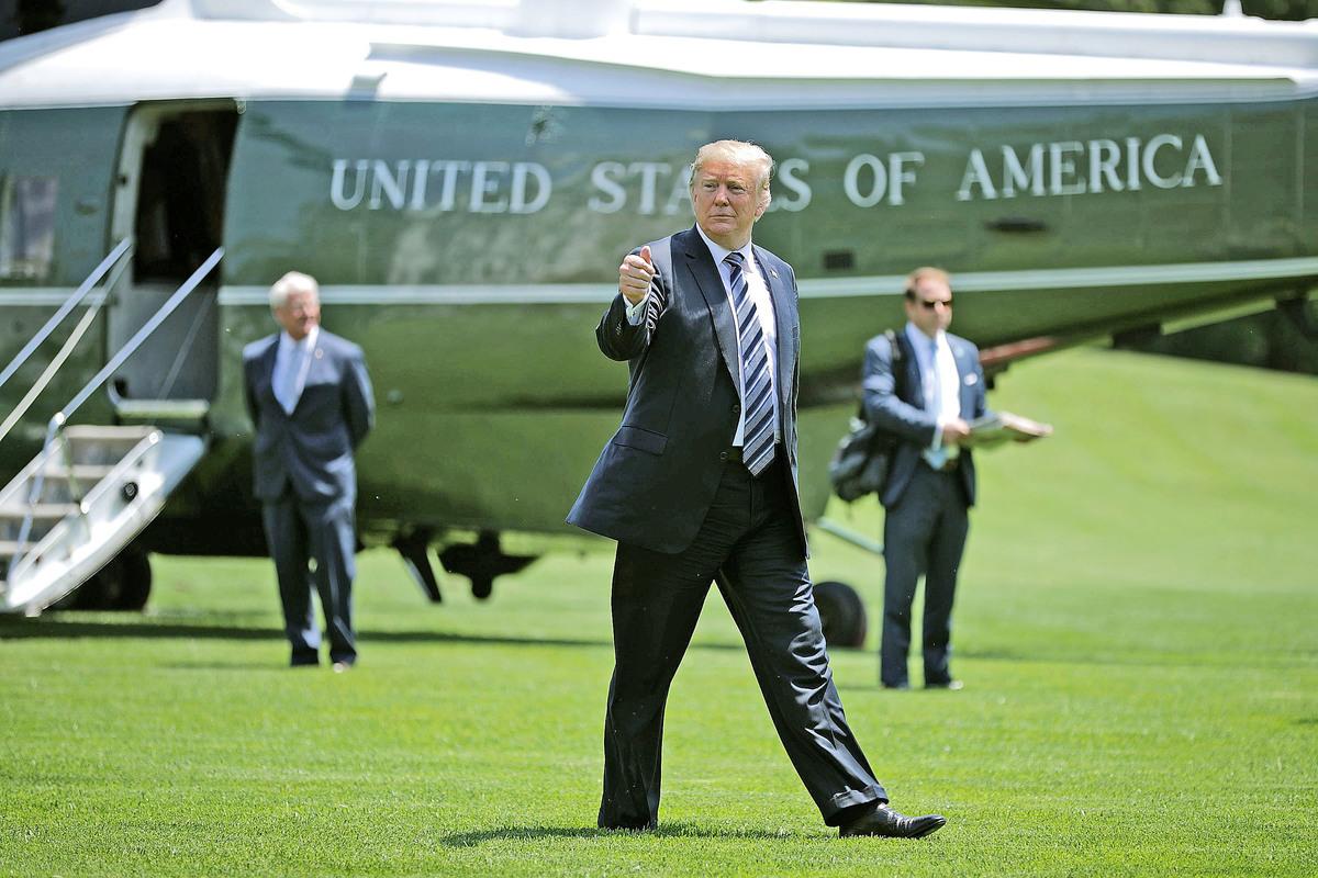 美國總統特朗普昨日證實北韓領導人金正恩心腹金英哲正前往紐約,為特金會作準備。而外媒披露美國準備對北韓推出新一輪重大制裁,目前被推遲實施。(Getty Images)