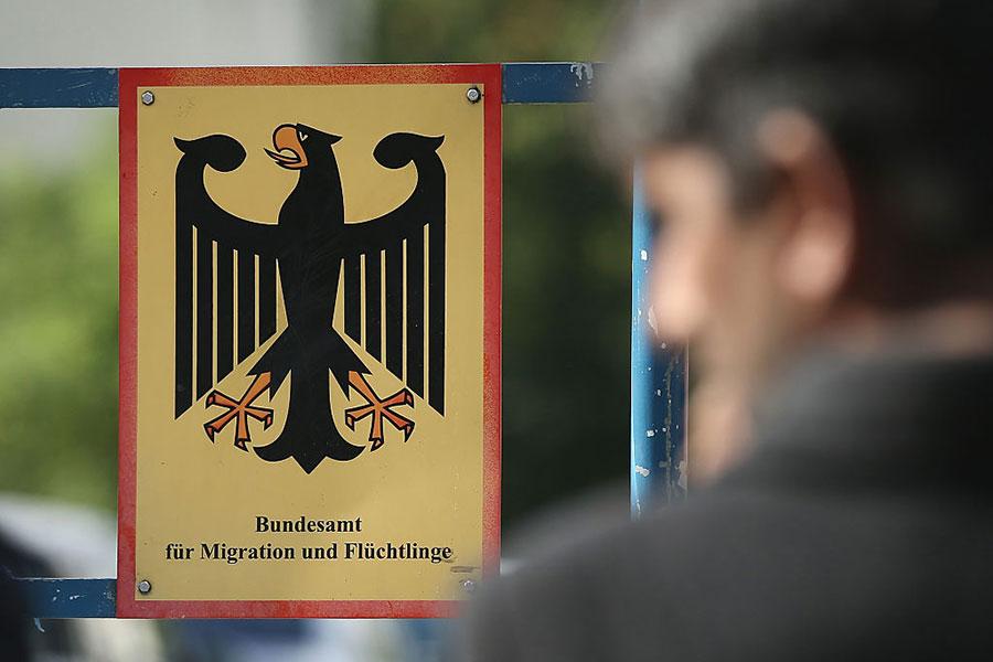 德國不來梅的難民局分支機構涉嫌批准了大量不符合申請條件的難民。(Sean Gallup/Getty Images)