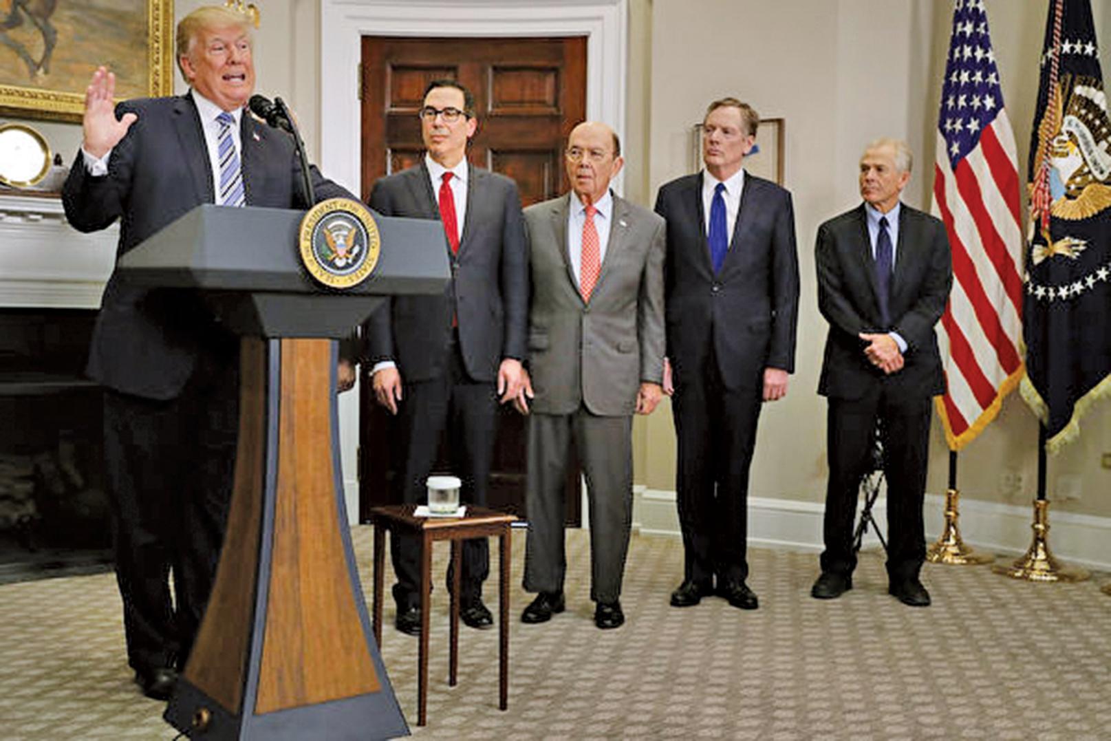 距離中美宣佈暫緩貿易戰只過去10天,特朗普政府周二表示,將繼續推行對華貿易行動。(Getty Images)