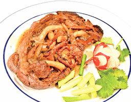 【梁廚美食】雙菇煎安格斯牛排