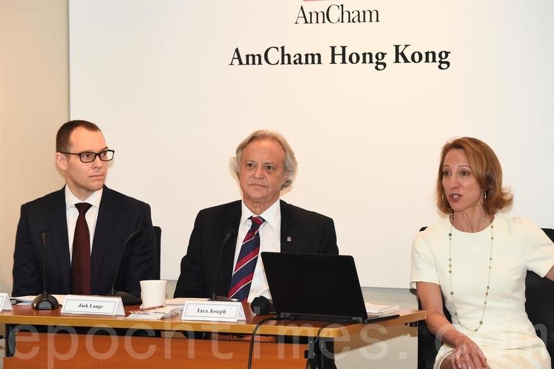 香港美國商會的調查發現,過半受訪者認為一國兩制受到侵蝕,影響營商環境的信心。(郭威利/大紀元)