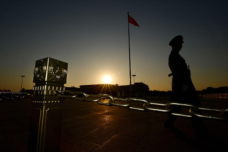 澳洲國家安全官員披露,中共國安官員在2017年拘捕一名悉尼學者,審訊他一天,打聽澳洲總理特恩布爾一名中國問題顧問的信息。(MARK RALSTON/AFP/Getty Images)