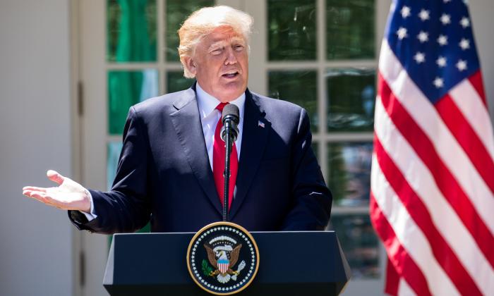 美國總統特朗普在聲明中稱,向中共加徵關稅是不得已而為之,這是對中共的懲罰。(Samira Bouaou/大紀元)