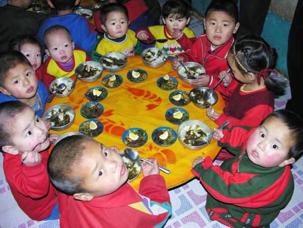北韓的饑荒也影響到了兒童的成長,北韓人普遍個子矮小。(Getty Images)