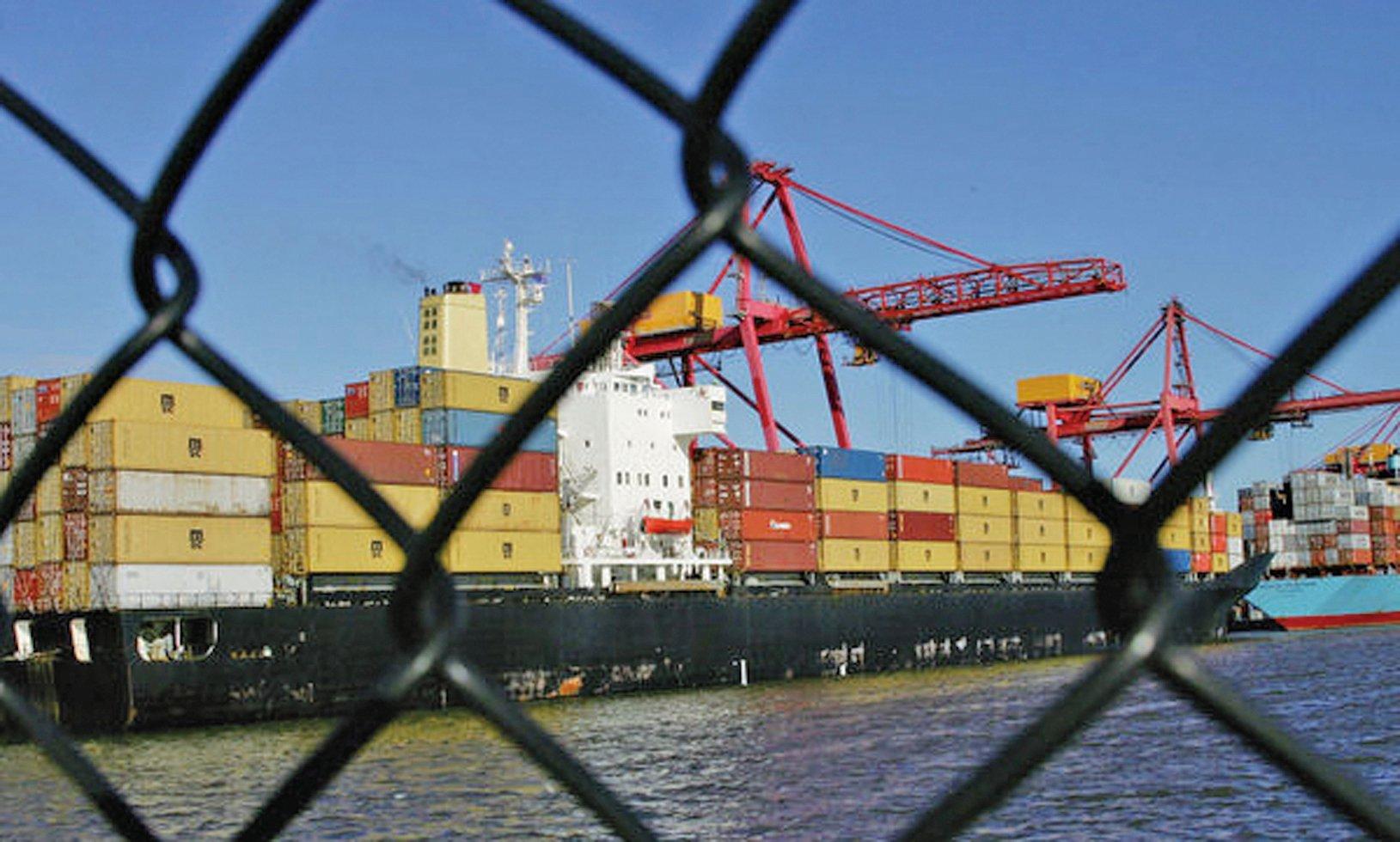 中美高層日前繼續在北京展開第三輪貿易磋商。分析認為除中美貿易本身存在的問題亟待解決,貿易衝突折射的中美關係近40年來的矛盾累積更無法迴避。(Getty Images)