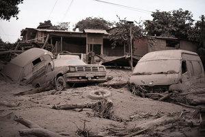 危地馬拉火山再爆發 罹難者增至69人