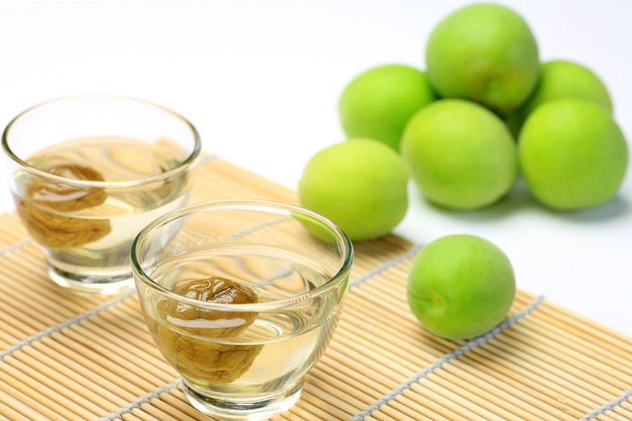 日本青梅酒。(Fotolia)
